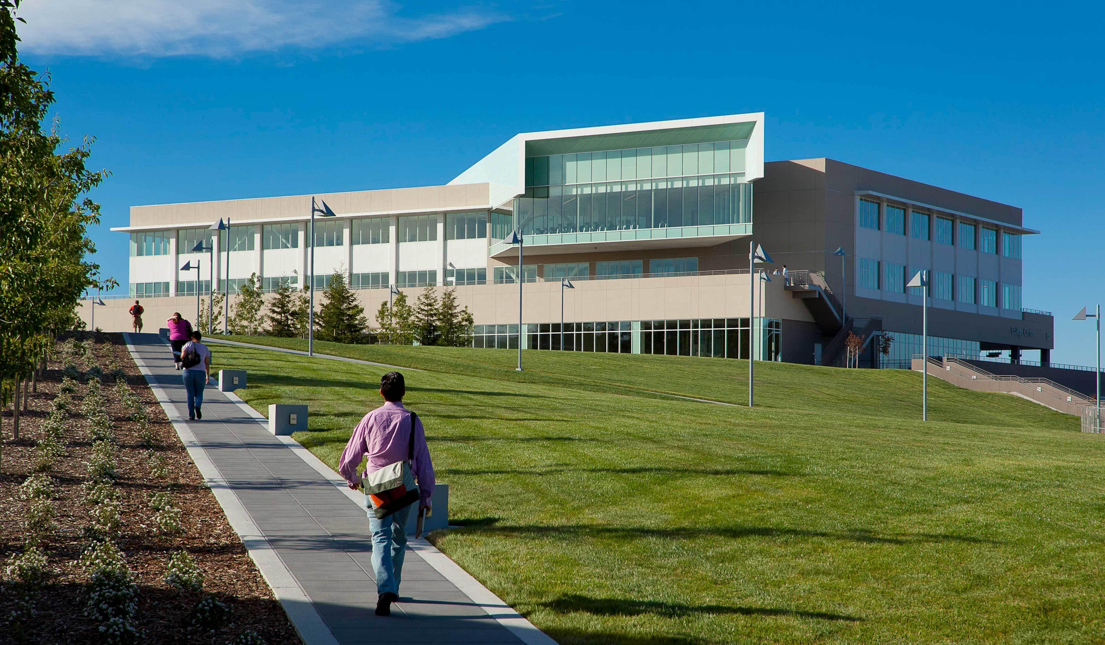College Of San Mateo College Center2