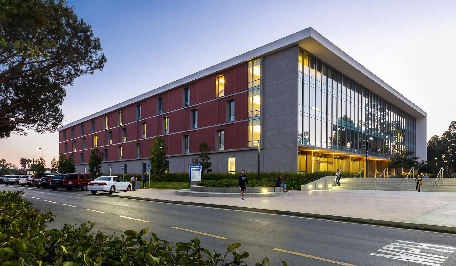 El Camino College >> El Camino College Math Business And Allied Health Building Lpa Inc