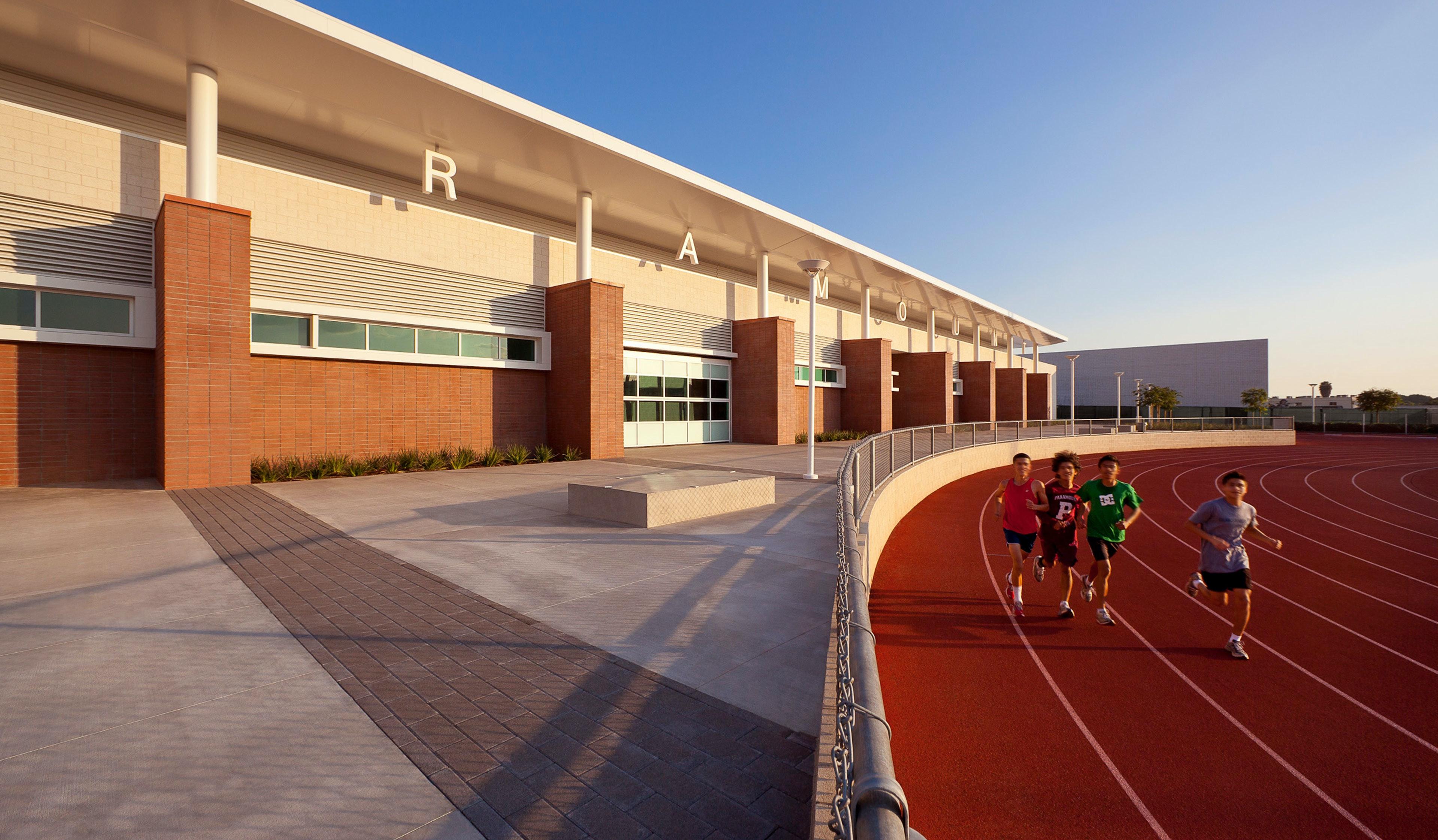 Paramount Hs Athletic Complex2